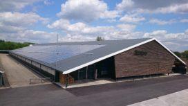 Energieneutrale stal dankzij zonnepanelen