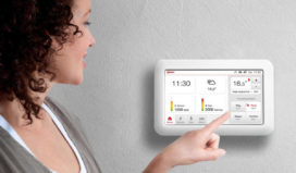 Slimme thermostaat daagt uit tot besparen