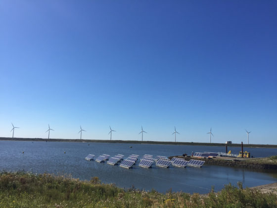 """""""Drijvende zonnecellen leveren meer energie op"""""""