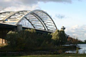 Drietal onderhoudt bruggen en sluizen in Zuid-Holland