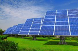 Kosten installaties zonnepanelen blijven sterk dalen