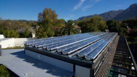 Nederlandse producent van hybride zonnesystemen schaalt op