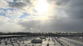 KiesZon plaatst zonnepanelen op daken Refresco