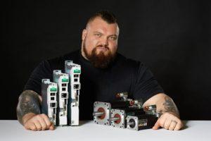Control Techniques gaat samenwerken met sterkste man ter wereld