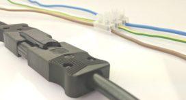 Stekerbaar of conventioneel installeren, wat zijn de verschillen?
