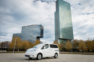 Feenstra stapt over op elektrische Nissans