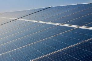 Zonnecellenfabriek wordt online geveild